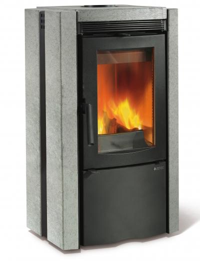 La Nordica Ester zsírkő borítású kályha öntött vas tűztérrel