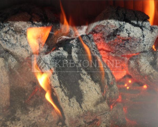 Hein BARACCA OU cisárska modrá klasické keramické krbové kachle s veľkým ohniskom krbyonline